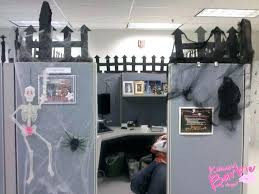 office halloween decorating themes. Modren Office Office Halloween Decorating Themes Contest My  Boss Cubicle Ideas For Office Halloween Decorating Themes A