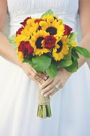 25 Amazing Sunflower And Rose Bouquet Art Wedding Bouquets