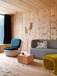 Wohnzimmer In Hellem Holz