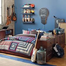 How to Achieve Skateboard Bedroom Dcor : Bedroom Decorating Idea With Dark  Brown Wooden Bed Frame
