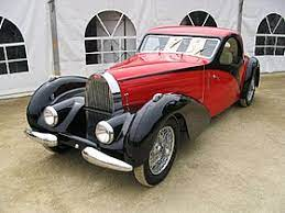 With its low stance, powerful engine, lightweight construction, 123 mph (200 kph) top speed and influential teardrop body, many believe this is the ultimate bugatti and the first supercar ever made. Bugatti Type 57 Wikipedia