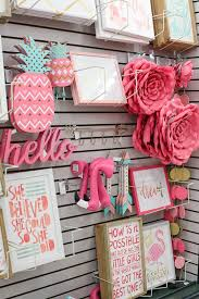i neeeeeeeeed that wall mount flamingo head it s just too fun i love this whole collection and have decided i need 12 girls so i can decorate 12 diffe