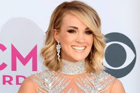 carrie underwood says this is why no one can see her s