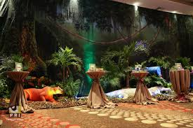 Jungle Decoration Its A Jungle Out There Trade Show The Backdrop Props Plants
