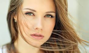 10 cara memilih bedak untuk wajah berminyak