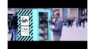 T Shirt Vending Machine Simple TShirt Vending Machine Video POPSUGAR Fashion