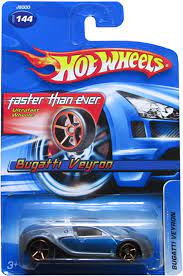 The bugatti veyron comes in many different color combinations and special editions. Amazon Com Hot Wheels 2006 144 Bugatti Veyron Blue Silver Fte Faster Than Ever 1 64 Scale Gold 5sp Wheels Toys Games
