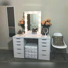 lighted vanity table lighted vanity table awesome best vanity mirror images on of awesome starlet table