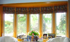 Windows Treatment For Living Room Window Treatments For Bay Windows In Living Room