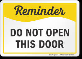 safety reminder sign do not open this door s2 2756