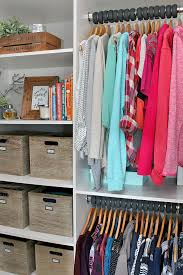 great tips on how to declutter your clothing must read