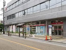 蕨 郵便 局