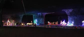 the grand rivers festival of lights in western cky features over 700 000 lights throughout downtown and nearby patti s settlement
