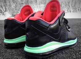 lebron 8 low. the hot summer months are just right around corner \u2013 that means influx of low-top kicks and seasonal colorways is ready waiting to come out lebron 8 low l
