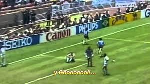 """Melhor jogador de todos os tempos"""", """"génio do futebol"""", """"a pior notícia"""".  As reações à morte de Maradona – ..."""