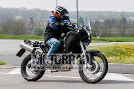 bmw motorrad neuheiten 2018. fine neuheiten die 660er krzlich ist unserem erlknigfotograf das passende bike ins netz  gegangen der erlknig schaut ganz nach throughout bmw motorrad neuheiten 2018