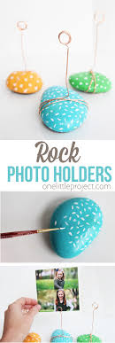 these adorable photo holders take no time to make and are such a great kids craft