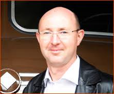 <b>Christian Suhr</b>. geboren 1971 in Reichenbach/Vogtland; gelernter Stahlbauer <b>...</b> - christian-suhr