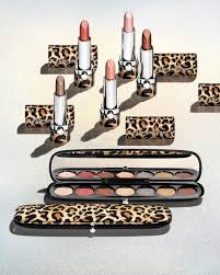 marc jacobs beauty make up arrives in