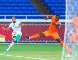 """المنتخب السعودي on Twitter: """"85' 📸 . 🇸🇦 السعودية 1 - 2 ساحل العاج 🇨🇮  #دورة_الالعاب_الأولمبية"""