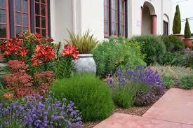 Come arredare il giardino in stile mediterraneo foto 16 39