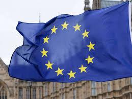 Cotroverse la început de mandat. Steagul UE nu este prezent în fotografia de grup a noului guvern | Romania Libera