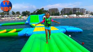АКВАПАРК в открытом море и <b>надувной батут</b> на <b>воде</b> Giant ...