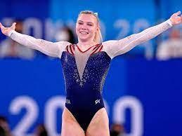 Jade Carey Wins Gold on Floor, Rebounds ...