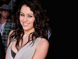 Miley Cyrus Bedroom Wallpaper Montana Wallpaper Free Chglandinfo