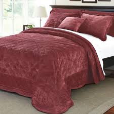 full size of bedspread new bedding blankets and throws gratograt red quilted for beds fresh