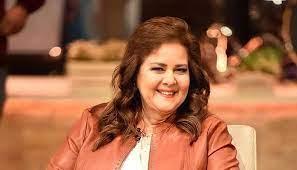 الكشف عن سبب تأخر شفاء الفنانة دلال عبد العزيز
