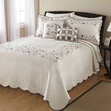 modern bedspread the online style  info home and furniture