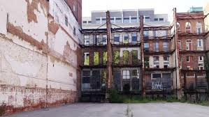 this space behind facades at 615 w main st will be transformed into a