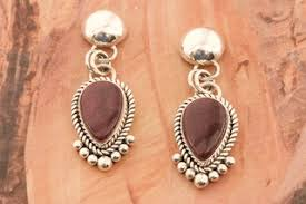 artie yellowhorse purple spiny oyster s post earrings treres of the southwest