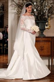 3 Commonly Used Fabrics Of Wedding Dresses With Sleeves My