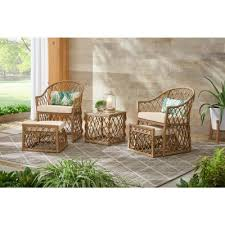 small outdoor lounge furniture