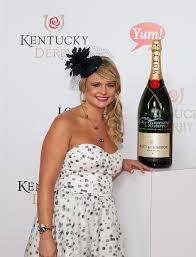Kentucky Derby Hairstyles Miranda Lambert Celebs At The Kentucky Derby Stylebistro