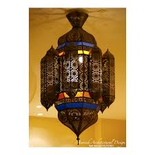 traditional moroccan lantern