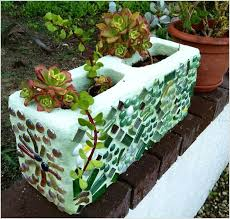 make a mosaic cinder block planter like this one in any color you like