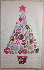 How cute is this wall hanging?! Pattern just $9.99 or try to do it ... & O christmas tree Adamdwight.com