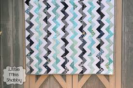 Chevron Quilt Finish – Coriander Quilts & Rachael, was in charge of picking the colors & theme for October and she  chose a very fun Navy/Aqua chevron theme. I think Rachael intended to run  the ... Adamdwight.com