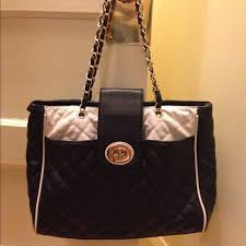75% off ALDO Handbags - Black and white quilted tote with chain ... & Black and white quilted tote with chain straps Adamdwight.com