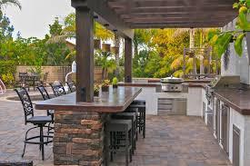 sundowner estates outdoor kitchen firepit and pavers 4