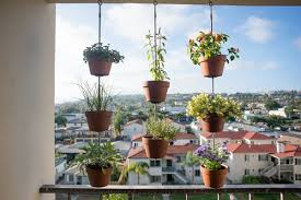 Vertical Garden Design Ideas Amazing Vertical Balcony Garden Ideas Balcony Garden Web