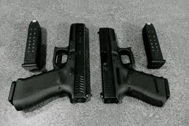 Glock Size Chart Glock 17 Vs Glock 19 Comparison 2019 Which One You Should
