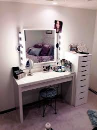 White Vanity Table With Lighted Mirror This Black Vanity Table With Lighted Mirror Wholesale