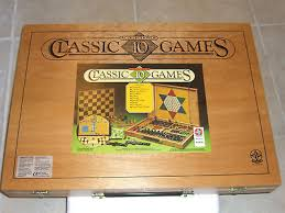 Old Wooden Board Games 1000'S VINTAGE WOODEN CASE 100 CLASSIC BOARD GAMES MINT QUALITY 44