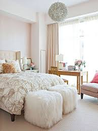 Traditional modern bedroom ideas Stylish Decorating With Florals Traditional Modern Eclectic Contemporary These Are All Words That Can Describe Great Floral Pattern Pinterest Decorating With Florals Decor Ideas For The Home Pinterest