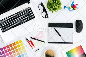 Graphic Designer At Desk Professional Creative Graphic Designer Desk Photos By Canva