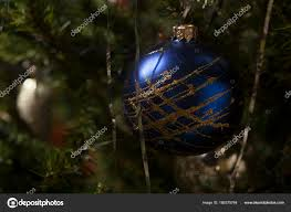 Blaues Glas Christbaumschmuck Dekoration Stockfoto